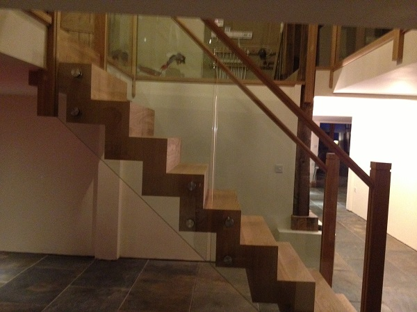 Stringless Oak and Glass staircase