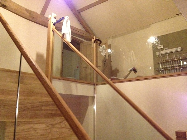 Oak and Glass staircase 5