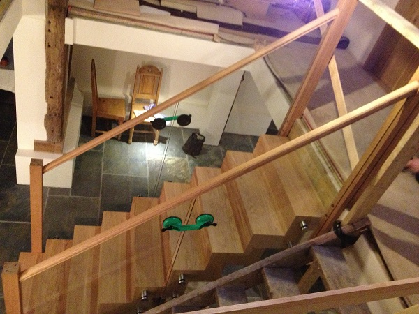 Oak and Glass staircase 8