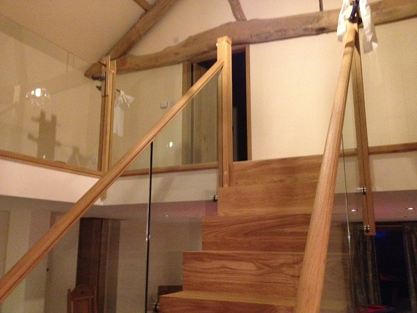 Oak and Glass staircase 6