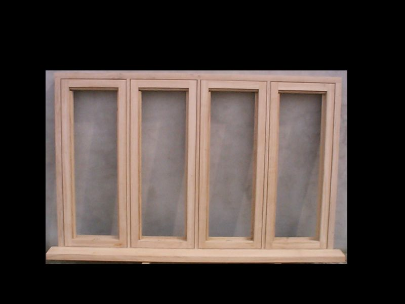 Quadruple casement window